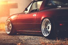 Nate Taylor's slammed NA in VW's Bordeaux Red Pearl Metallic on OZ Turbos.