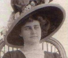 Edith Corse Evans (born September 21, 1875 - April 15, 1912) was a prominent American socialite who died as a First Class passenger aboard the RMS Titanic on April 15, 1912. She was one of four women to die in First Class.