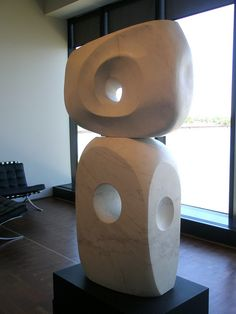 Barbara Hepworth 'Two Piece Marble' (Ragentira), Milwaukee Museum of Art, Milwaukee, Wisconsin by hanneorla. Modern Art Sculpture, Stone Sculpture, Abstract Sculpture, Abstract Art, Metal Sculptures, Milwaukee Museum, Milwaukee Wisconsin, Crystal Garden, Barbara Hepworth