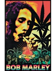 This site contains all the famous quotes of Bob Marley. These bob marley quotes have made impact on many and hope it would inspire many other. Bob Marley Kunst, Bob Marley Art, Bob Marley Quotes, Smoking Weed, Cheech Y Chong, Frases Reggae, Bob Marley Smoking, Rasta Art, Bob Marley Pictures