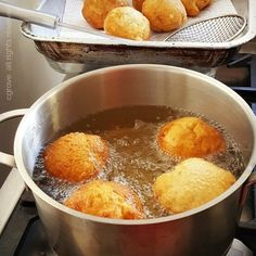 "Vetkoek is a traditional South African food, similar to a doughnut without the hole. Literally meaning ""fat cake"" or ""oil cake"" vetkoek is easy to make and is a popular treat at markets and South African Dishes, South African Recipes, Ethnic Recipes, Bread Recipes, Cooking Recipes, Oil Cake, Pretzel Bites, Cornbread, Recipies"