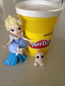 Play-doh snowgies #Frozen #Fever party