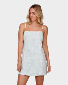 BILLABONG WOMEN'S DAY DREAMS MINI DRESSDay Dreams Linen Viscose, Cute and semi structured, the Day Dreams midi dress features a pale tropic print on our...