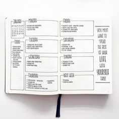 free bullet journal printable from The Petite Planner: weekly spread Bullet Journal Planner, Bullet Journal Weekly Layout, Bullet Journal Aesthetic, Bullet Journal Notebook, Bullet Journal Ideas Pages, Bullet Journal Spread, Bullet Journal Inspo, Bullet Journals, Bullet Journal Homework