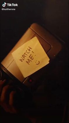 Chris Wood Vampire Diaries, Damon Salvatore Vampire Diaries, Vampire Diaries Poster, Vampire Diaries Memes, Vampire Diaries Wallpaper, Vampire Diaries The Originals, Damon And Stefan, Misandry, Clean Memes