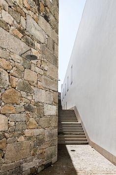 Álvaro Siza, Eduardo Souto de Moura, João Morgado · Abade Pedrosa Museum