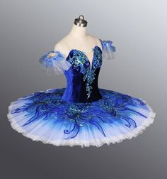 This would be gorgeous for a bluebird variation!