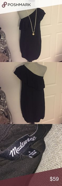 """Madewell Black Silk One shoulder dress Size 2 Preloved! In good condition! Measures approx 33"""" shoulder to hem, approx 17"""" armpit to armpit. 🚫Trades! Open to reasonable offers through the offer button! Madewell Dresses Mini"""