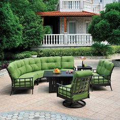 Stratford Estate Deep Seating Crescent Sectional Collection by Hanamint It makes perfect sense that sectionals are right on trend in both indoor and outdoor Outdoor Rooms, Outdoor Living, Outdoor Decor, Family Leisure, Covered Patio Design, Diy Terrasse, Gazebo Pergola, Best Outdoor Furniture, Roof Design