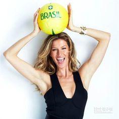 巴西超模吉賽兒傳將代替總統頒發世足冠軍。(圖/取自吉賽兒Facebook)