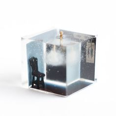 Room with a cloud resin pendant