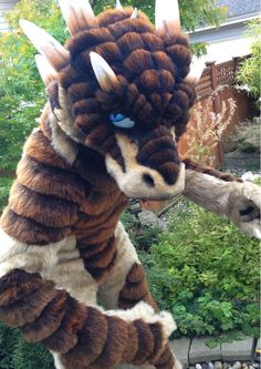 #FursuitFriday #Onefurall It's a dragon!! But don't be alarmed, is the sweet @Drachetto~