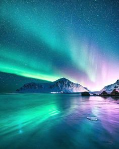 Fotos espectaculares capturan la belleza magnética de Noruega Norway photos by Even Tryggstrand show the beauty of this country Beautiful Sky, Beautiful Landscapes, Beautiful Places, Beautiful Pictures, Beautiful Lights, Night Photography, Landscape Photography, Nature Photography, Happy Photography