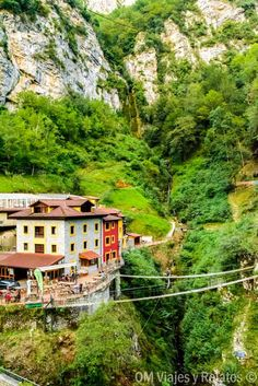 PUENTE-VIDOSA-PICOS-DE-EUROPA Rest Of The World, Travel Around The World, Wonders Of The World, Around The Worlds, Places To Travel, Places To Visit, Asturias Spain, Places In Spain, Portugal