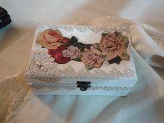 cofrè vintage rosas
