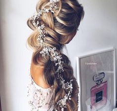 Wedding Hairstyles With Braids Pictures stunning wedding hairstyles with braids for amazing look in Wedding Hairstyles With Braids. Here is Wedding Hairstyles With Braids Pictures for you. Wedding Hairstyles With Braids 34 beautiful braided wedding h. Wedding Hairstyles For Long Hair, Wedding Hair And Makeup, Hair Makeup, Prom Hairstyles, Hair Wedding, Hairstyle Wedding, Short Hair, Quinceanera Hairstyles, Christmas Hairstyles