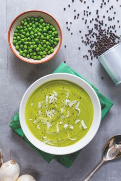 Cream of peas - Vellutata di piselli - Le Ricette di GialloZafferano.it