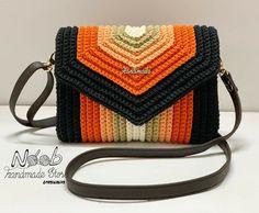 Crochet Clutch Bags, Crotchet Bags, Crochet Purse Patterns, Crochet Handbags, Crochet Purses, Knitted Bags, Crochet Instructions, Crochet Diagram, Diy Crochet Projects