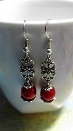 ONCE UPON A TIME - Boucles d'oreilles noeuds celtiques perles rouges style…