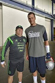 """Miguel """"el piojo"""" Herrera y Tom Brady, dos potencias se saludan"""