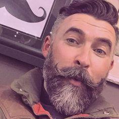 """""""@tigertom80 #beautifulbeard #beardmodel #beardmovement  #baard  #bart #barbu #beard #beards #barba #bearded #barbudo #barbeiro #beardviking #beardo…"""""""