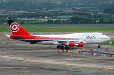 Boeing 747-4B5 - MaxAir