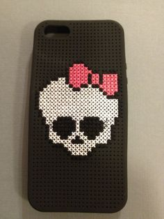 Monster High skull iPhone case cross-stitch