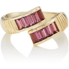 RETROUVAI Women's Pink Tourmaline Buckle Ring (7.175 BRL) ❤ liked on Polyvore featuring jewelry, rings, red, band rings, engraved jewelry, baguette ring, 14 karat ring and polish jewelry
