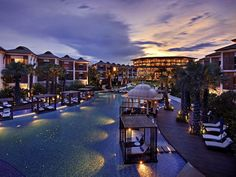 Escape from Bangkok - InterContinental Hua Hin. Just arrived and its awesome.17 dec 2012