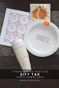 DIY Thanksgiving Paper Plate Hostess Gift with a free printable gift tag download available at www.nataliemenke.com Thanksgiving Gifts, Thanksgiving Decorations, Back To School Gifts, Edible Gifts, Neighbor Gifts, Thank You Gifts, Inspirational Gifts, Diy Gifts, Handmade Gifts