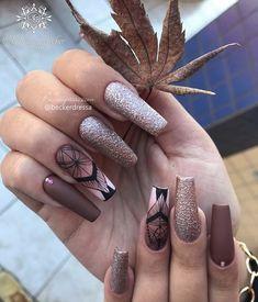 Glitter Nail Art, 20 Min, Nail Designs, Hair Beauty, Bling, Nails, Makeup, How To Make, Beautiful