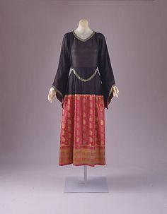 Dress Paul Poiret 1922 worn by Jordan during the phone call
