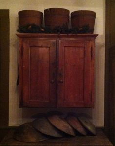 Hopping Crow Antiques