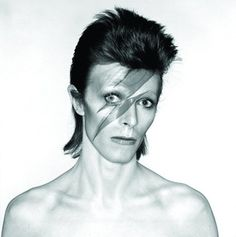 David Bowie's 'Aladdin Sane' Cover Shoot: The Outtakes