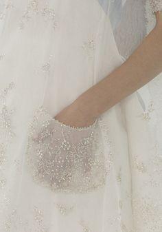 chanel haute Couture; Material Stoffe für das Brautkleid