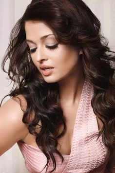 Aishwarya Rai Young, Aishwarya Rai Pictures, Aishwarya Rai Photo, Actress Aishwarya Rai, Aishwarya Rai Bachchan, Bollywood Actress Hot, Bollywood Girls, Beautiful Bollywood Actress, Most Beautiful Indian Actress