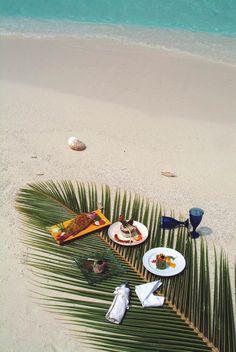 Beach Picnic - Coco Palm Resort Dhuni Kolhu #FlavorYourSummer