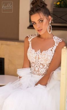 Littea 2019 Blue Mountain Bridal Collection features drop-dead gorgeous silhouettes and wedding dresses that are a perfect fit for the modern bride. Wedding Dress Gallery, Bridal Gowns, Wedding Dresses, Sophisticated Bride, Flowy Skirt, Bridal Collection, Wedding Blog, Vintage Dresses, Marie