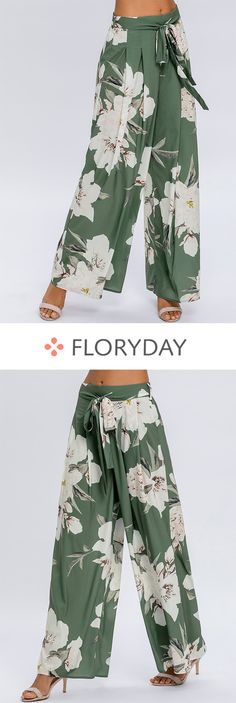 Rules Of Fashion Tips Loose pants floral style casual pants.Rules Of Fashion Tips Loose pants floral style casual pants. Look Fashion, Fashion Pants, Fashion Outfits, Womens Fashion, Fashion Ideas, Leggings Fashion, Fashion Tips, Casual Summer Dresses, Trendy Dresses