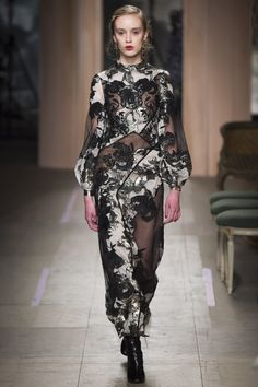 Erdem Fall 2016 Ready-to-Wear Fashion Show - Olivia Jones