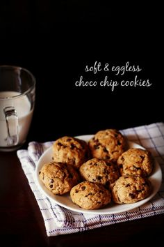 eggless chocolate chip cookies recipe - soft textured and a slight chewy chocolate chip cookies made with whole wheat flour/atta. step by step recipe. Eggless Chocolate Chip Cookie Recipe, Chocochip Cookies Recipe, Eggless Cookie Recipes, Healthy Chocolate Chip Cookies, Soft Chocolate Chip Cookies, Eggless Baking, Snack Recipes, Almond Cookies, Healthy Recipes