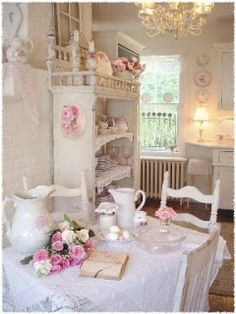 """C. Dianne Zweig - Kitsch 'n Stuff: Vintage Cottage Style Decorating: A Remedy for """"The Decorating Blues"""""""