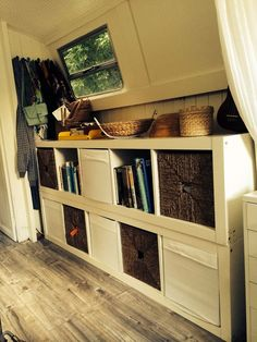 Houseboat Design Ideas - The Urban Interior Small Space Living, Small Spaces, Tiny Living, Living Area, Canal Boat Interior, Canal Barge, Narrowboat Interiors, Houseboat Living, Houseboat Ideas