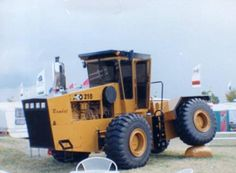 270 Misc Brand Tractors And Farm Equipment Ideas In 2021 Tractors Farm Equipment Farm Tractor