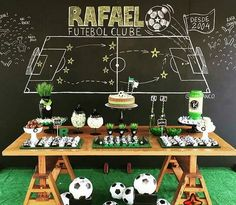 home party ideas Soccer Birthday Parties, Football Birthday, Soccer Party, Sports Party, Soccer Theme, Football Themes, Christmas Cake Decorations, Event Planning Business, Festa Party