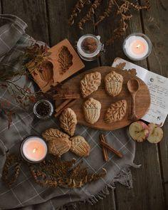 Autumn Aesthetic, Aesthetic Food, Cozy Aesthetic, Samhain, Apple Jam, Plum Jam, Autumn Cozy, Fall Scents, Harvest Season