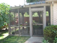 Pergola screen porch with transparent roof
