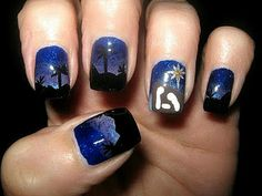 Nativity nails by @Laurie Nievin