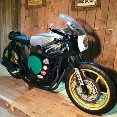 Honda Cafe Racer - Granadas Mecanotecnia #motorcycles #caferacer #motos | caferacerpasion.com