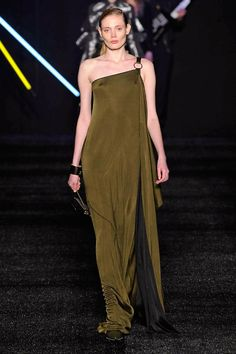 Aigner - Milan - 2017-2018 - Otoño-invierno - Harper's Bazaar
